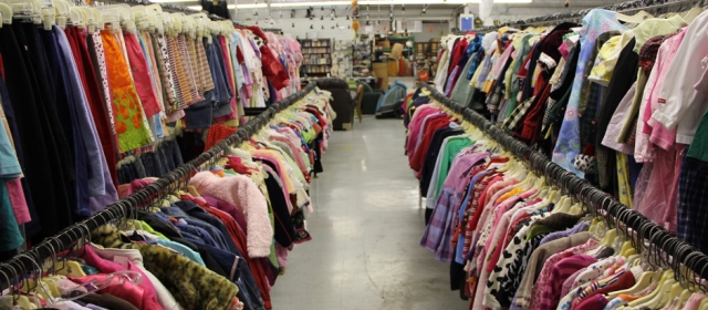 Sand_Dollar_Thrift_Store_Clothing
